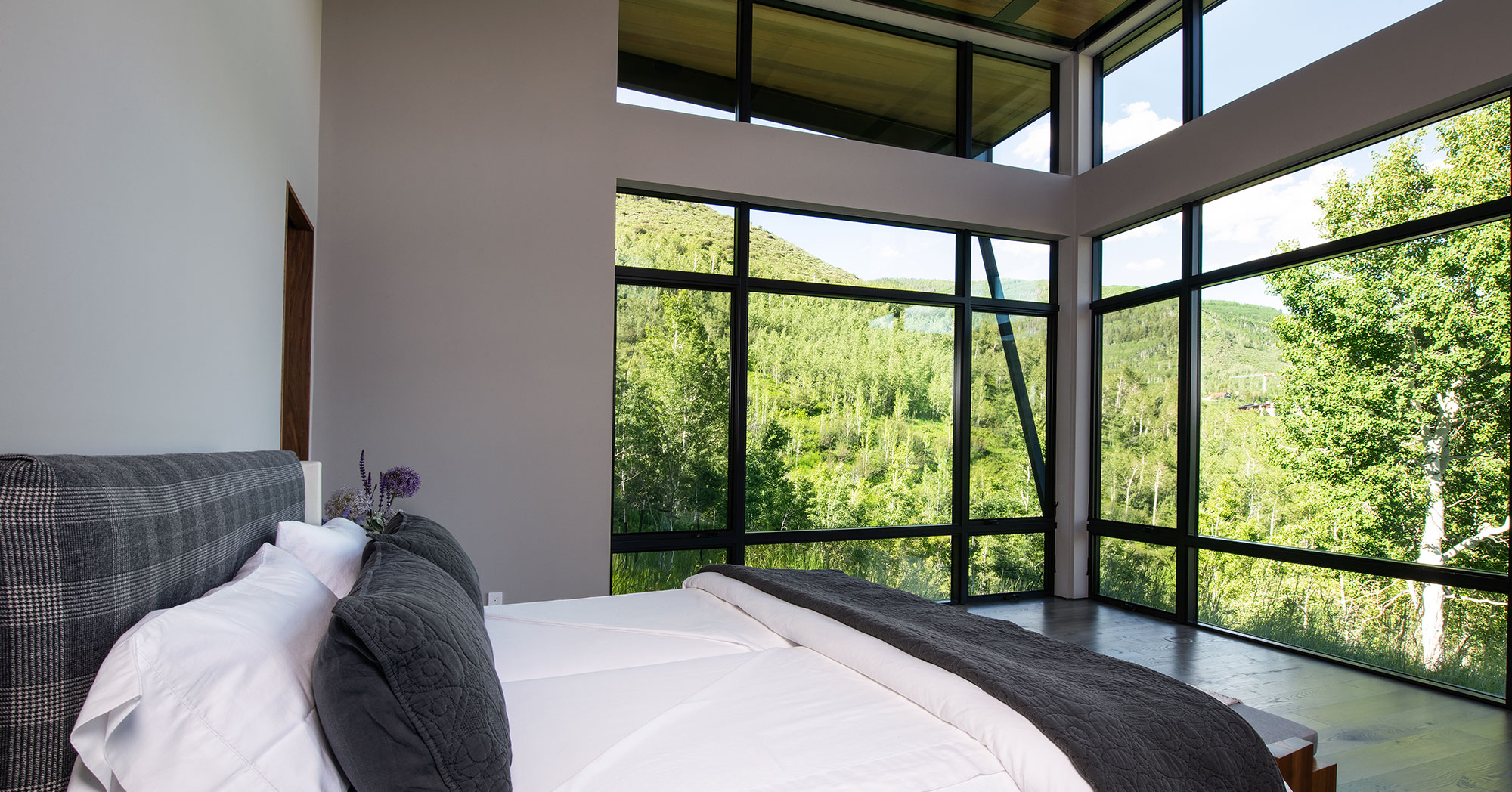 Bedroom overlooking Vail Mountain with Ski Views