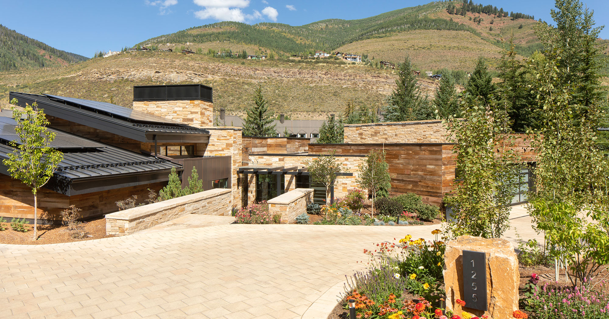 Glen Lyon Westhaven Vail Home Builders Driveway