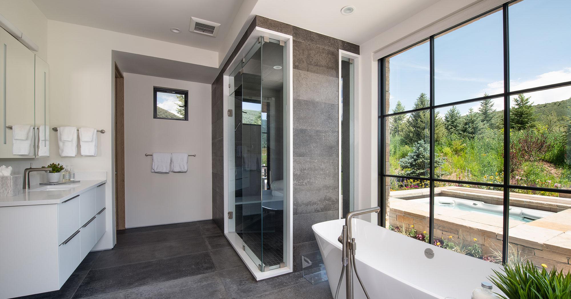 Vail Builders in Arrowhead Bath 2